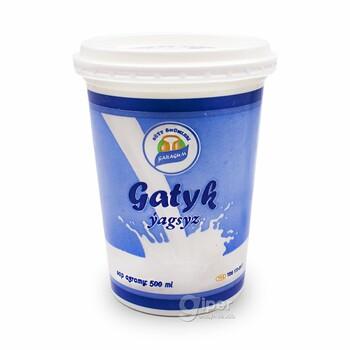 """Кефир """"Garagum"""" обезжиренный, 500 мл"""